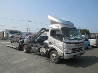 フルフラット仕様で、県外搬送可能車な積載車です。通称:シルバー