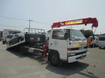 クレーン付きの積載車。赤色回転灯付き、県外搬送可能車です。通称:ユニック